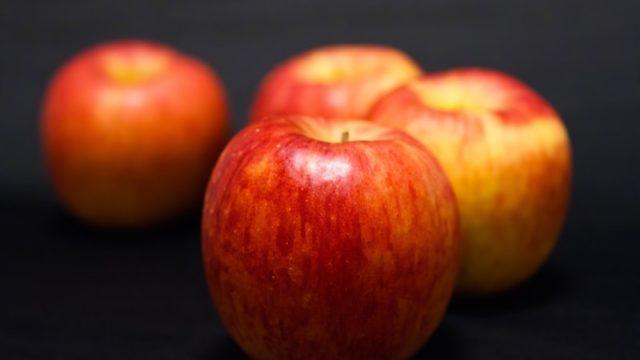 長く付き合っている彼にプロポーズをさせるリンゴのおまじない【下弦の月が見える夜】
